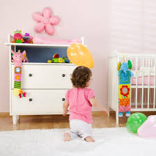 amenagement chambre fille comment aménager la chambre de enfant magicmaman com