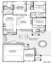 home plans with courtyard in center