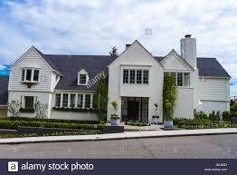 single story house suburban stock photos u0026 single story house