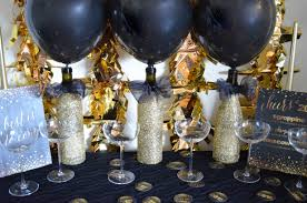 Easy Diy New Year Decorations by A Golden Year New Years Eve 2015 Diy Decor From Scratch With