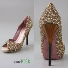 wedding shoes gold color a wedding addict pretty gold wedding shoes