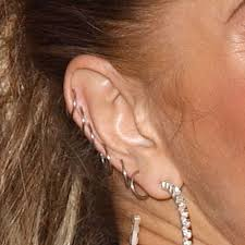fergie earrings fergie s piercings jewelry style