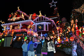 pictures of christmas lights on houses north vancouver home decorated with 100 000 christmas lights for