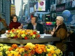 julie pinson on cbs macy s thanksgiving parade broadcast 11 29 08