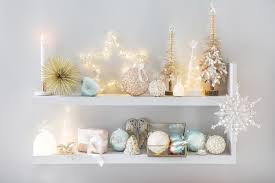 unique ways to decorate for the holidays in the home