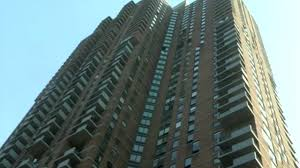 Hells Kitchen Movie Woman Dies After High Rise Apartment Catches Fire In Hell U0027s