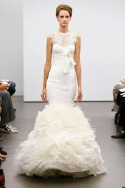 wedding dresses vera wang 2010 vera wang fall 2013 bridal collection features classic ivory lace