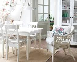 sedie ikea soggiorno gullov angolo cottura rustico