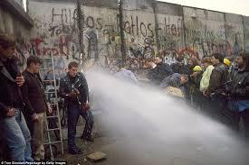 berlin wall sections photojournalist tom stoddart revisits the berlin wall daily mail