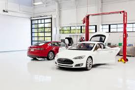 tesla dealership tesla u201c elektromobiliai patys pasirūpins savo remontu robotika lt