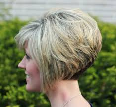 how to stlye a stacked bob with wavy hair the 25 best curly stacked bobs ideas on pinterest short perm