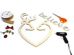 buck and doe heart buck and doe heart christmas wreath craftcuts