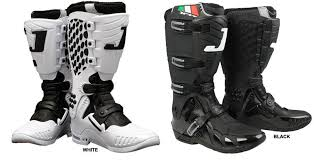 motocross boots motocross boots buyers guide product spotlight