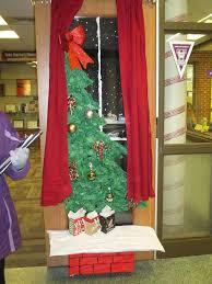 Holiday Door Decorating Contest Winner