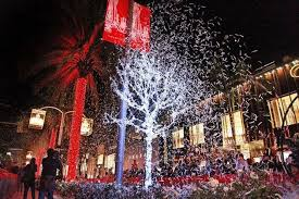 christmas lights los angeles best places to see holiday lights in los angeles best family
