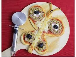 cuisiner avec des enfants pizza papillon recettes faciles à faire avec les enfants
