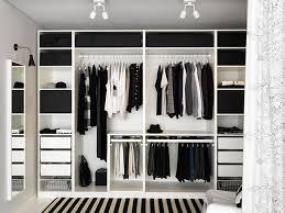 Ikea Fitted Wardrobe Interiors Idée Dressing Pax Ikea Une Tablette Pour Séparer Les 2 Parties