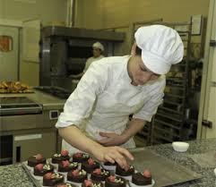 travailler en cuisine travailler dans l ess de restauration le portail des