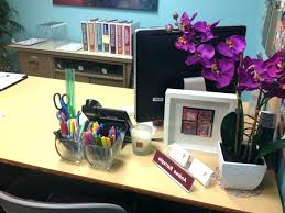 decorating coworkers desk for birthday home decor office cubicle desk furniture used decoration how to