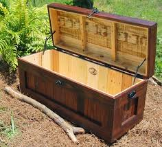 How To Make A Wooden Toy Box With Lid by 27 Best Wood Working Images On Pinterest Woodwork Projects And
