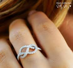 Wedding Ring On Right Hand by 103 Best Wedding Rings Bands Images On Pinterest Jewelry