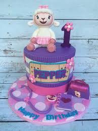 doc mcstuffins birthday cakes doc mcstuffin birthday cakes best 25 doc mcstuffin cakes ideas on