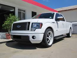 White Mustang Black Wheels Lets See White Trucks With Black Or Machined Rims Ford F150