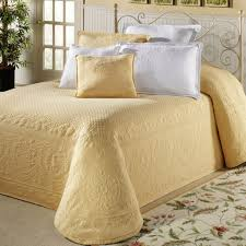Green Matelasse Coverlet Bedroom Design Marchesca Matelasse Coverlet And Fabulous