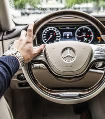 si e voiture la ère vous tenez votre volant en voiture en dit sur vous