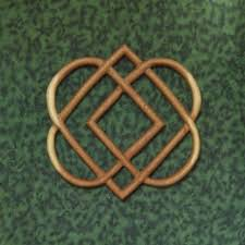 geometrical knot of four hearts celtic wood carving family