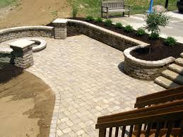 round patio stone patio stones and pavers home design ideas and pictures