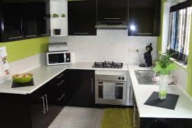 cuisine noir laqué meuble de cuisine laqué noir maison et mobilier d intérieur