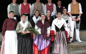 traditional basque costumes