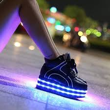 10 led shoes that light up at the bottom and change colors like