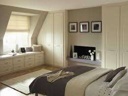 schlafzimmer mit dachschrge endet schön farbe schlafzimmer dachschräge schränke für