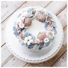 it u0027s winter wreath christmas cake we will send the cake on 20 23
