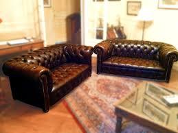 canap cuir capitonn canapés de cuir chesterfield jpg chaises tabourets les