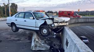 car crashes into barrier on i 5 on ramp in lynnwood komo