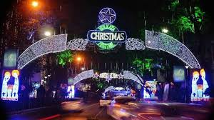 thousands soak in christmas celebrations in kolkata latest news