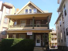 203 211 n hamilton street uw campus apartments for rent