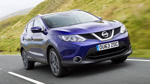 nissan dualis interior nissan qashqai hatchback 2013 review auto trader uk