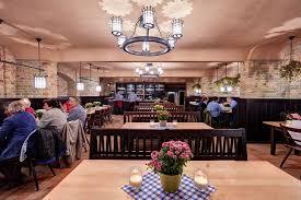 Lorenz Adlon Esszimmer Preise Zollpackhof Restaurant Biergarten In Berlin