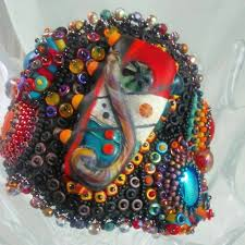 652 best bead embroidered images on pinterest beaded embroidery