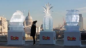 there u0027s a giant pineapple made of ice on the south bank today