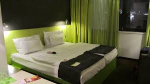 roomz vienna budget design hotel the room at roomz picture of roomz vienna vienna tripadvisor
