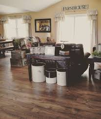 Laminate Flooring For Kitchen by Top 25 Best Rustic Laminate Flooring Ideas On Pinterest