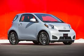 top 10 safest cars under top 10 the lightest cars you can buy in 2015 driving