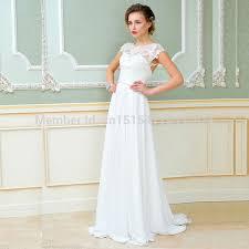 robe de mari e simple dentelle robe de mariee simple et dentelle idées et d inspiration sur le
