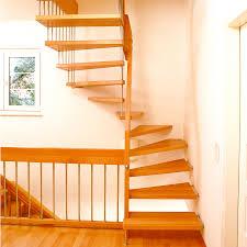 treppe aufarbeiten holztreppe sanieren bucher treppen das original