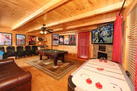 4 bedroom bedrooms smoky mountain cabin rentals 4 bedroom cabin in gatlinburg bear creek crossing theater